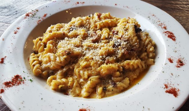 Macaroni and cheese at the Paris Public House - Albany Dining Guide