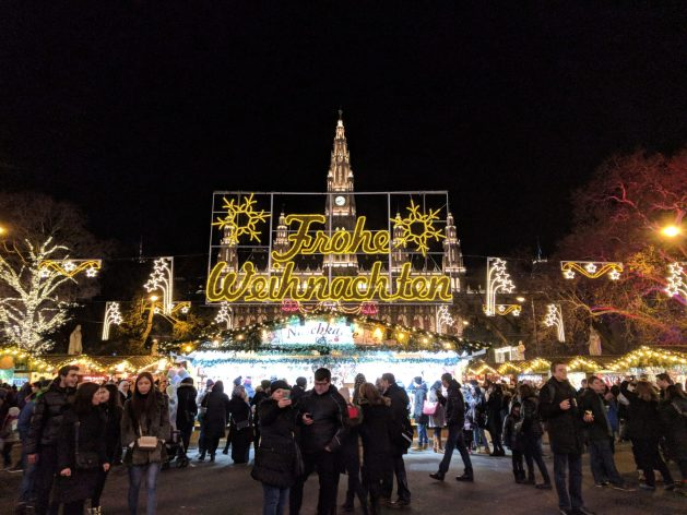 Vienna Christmas market - how to avoid travel mistakes