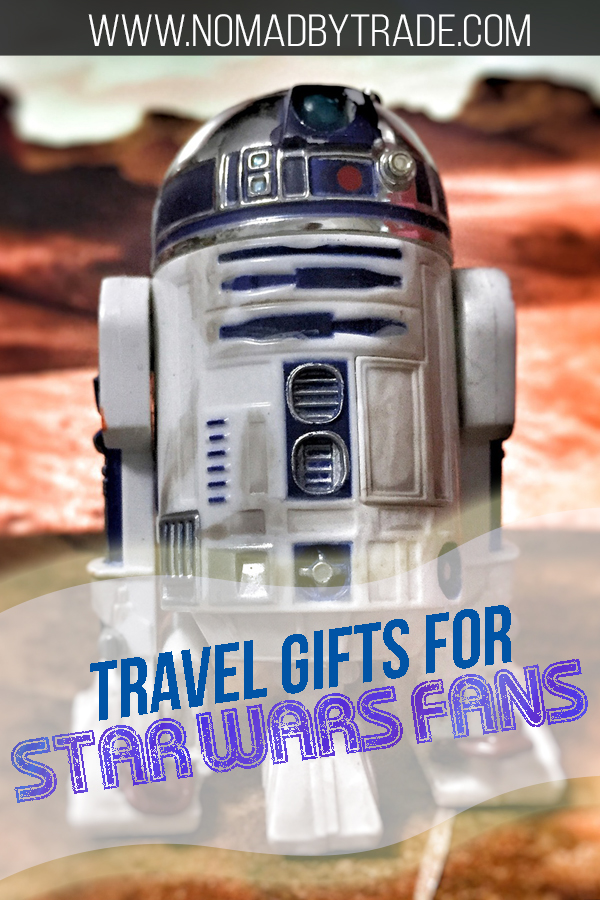 This list of gifts for Star Wars fans who travel features great travel gear for fans of Star Wars. Featuring luggage, luggage tags, travel pillows, portable chargers, and more! Check out these great Star Wars gifts and more!