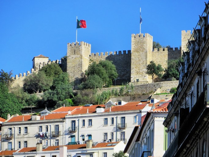 St. George's castle in Lisbon, Portugal (Source: DEZALB).