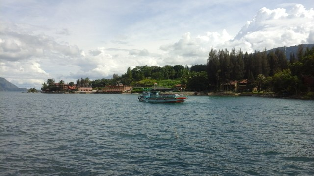 Lake Toba for Digital Nomads - The view of Samosir island from the boat