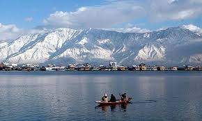 Places to Visit in Kashmir, Dal Lake - Tourist Places to Visit in India