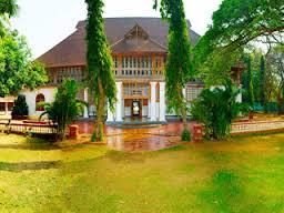 Tourist places to visit in Kochi (Cochin) Bolgatty Palace