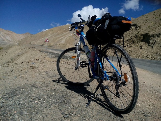 Anahita SriPrasad solo trip from leh to kanyakumari on cycle