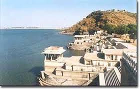 tourist places to visit near udaipur - Rajsamand Lake