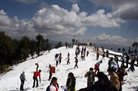 Tourist Places to visit in Kufri hill station - Mahasu Peak