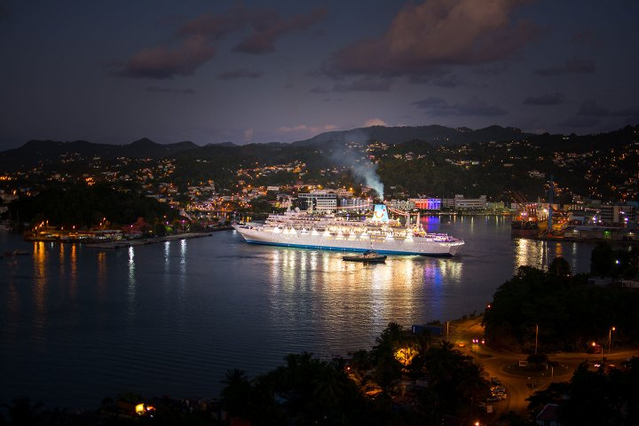 Cruise ship Saint Lucia