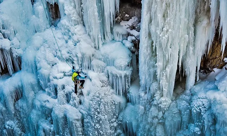 Ice Climbing Ouray, Colorado Road Trip Itinerary