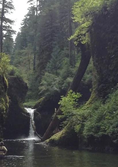 Oregon Road Trip Itinerary punchbowl falls