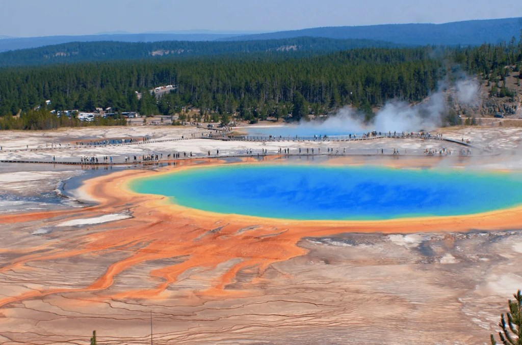 Yellowstone national park one day itinerary-Grand Prismatic