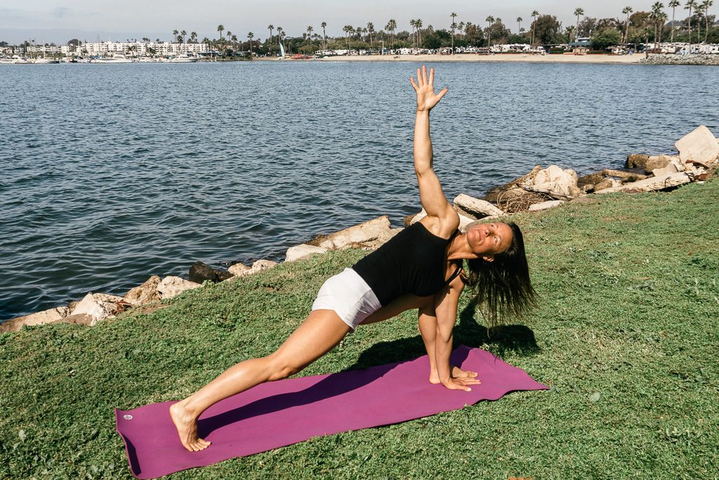 Yoga Poses for Surfers, Low Lunge with Counter Twist