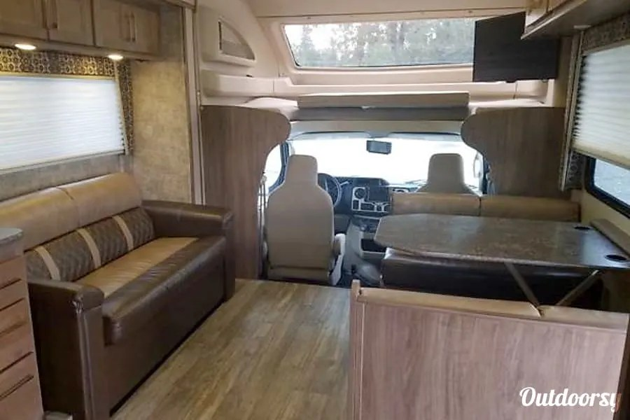 Anchorage RV Rentals, 2018 Jayco Greyhawk