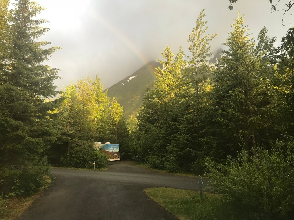 Camping Williwaw Campground, Anchorage Alaska