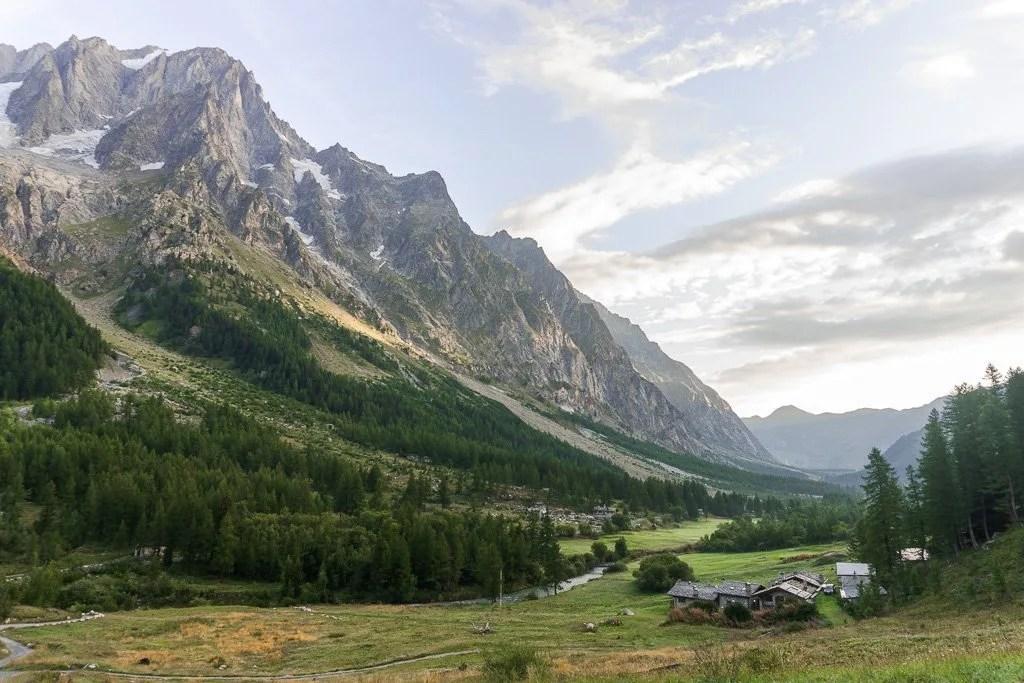 Alt Stage 4 of Tour du Mont Blanc, Italy side