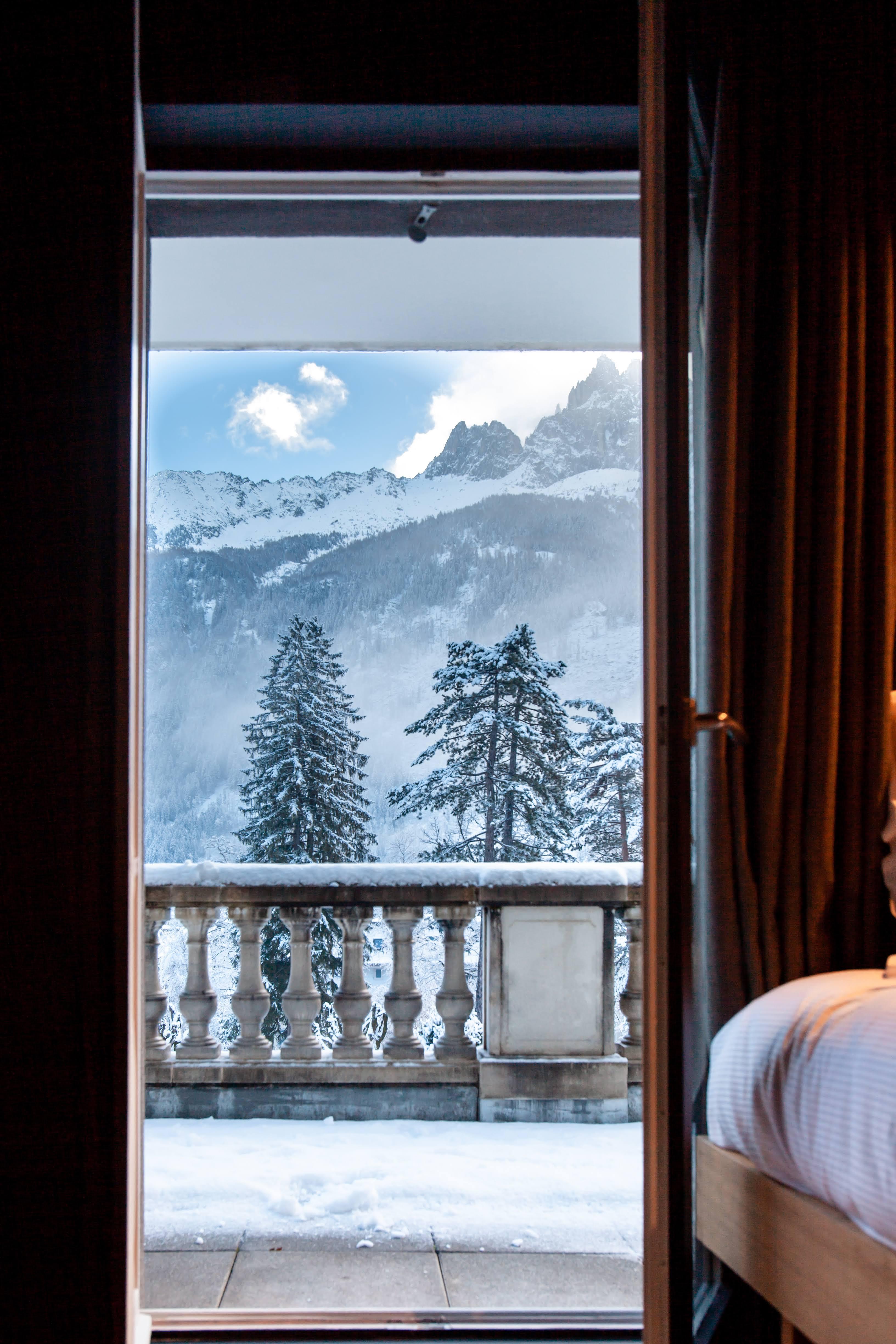 Winter in La Folie Douce, Where to Stay in Chamonix, France