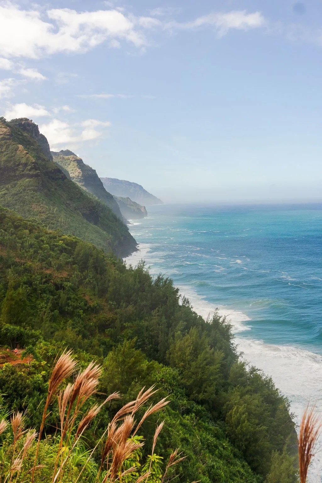 Kalalau Trail mile 1 views