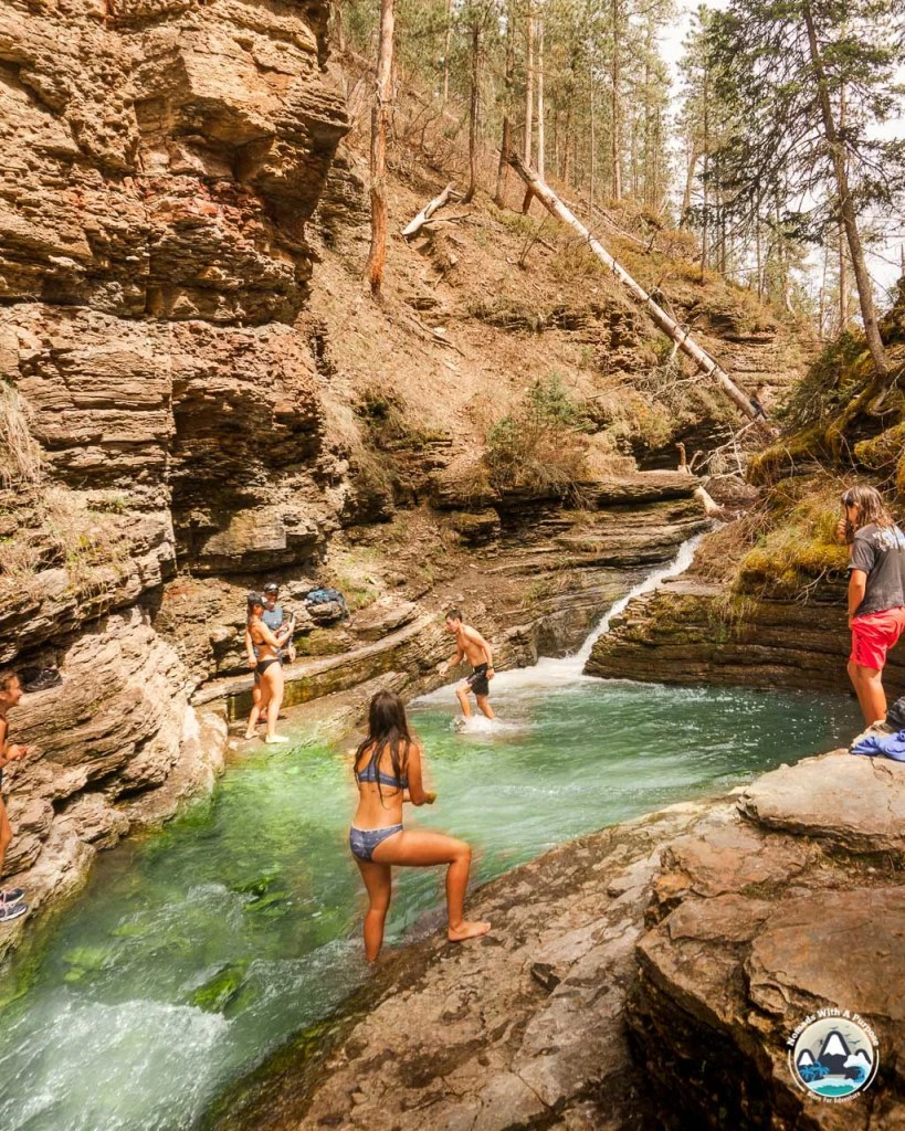 Things to do Black Hills South Dakota Devils Bathtub