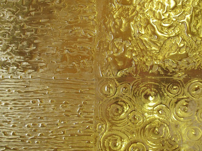 atelier-nombre-doreur-feuille-or-bois-métal-verre-résine-bruno-toupry-restaurateur-designer-oeuvre-art-paris-dorure-mobilier-ancien-laque-effet-de-matiere-decoration