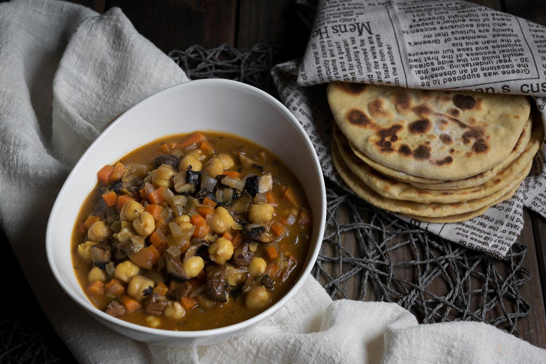 Curry de garbanzos con verduras