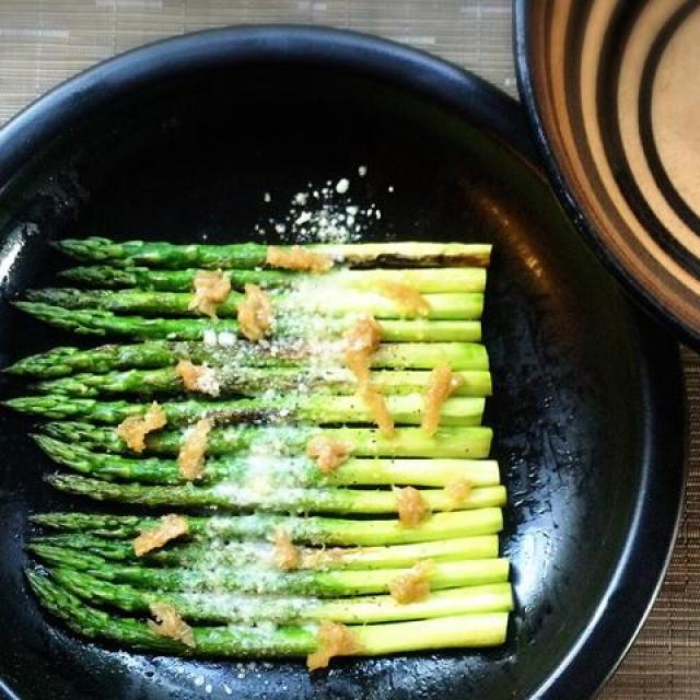 Donabe Recipes - Roasted Asparagus with Preserved Lemon