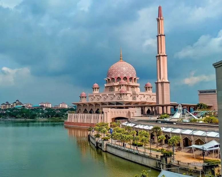 Kuala Lumpur Travel Guide