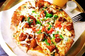 Naan Chicken Pizza from Spice 6
