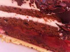 Schwarzwälder Kirschtorte Cake from Biergarten Haus