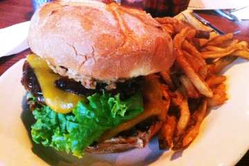 Alehouse BBQ Burger from Dogfish Head