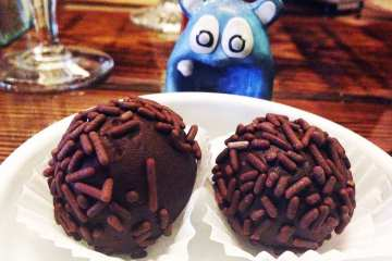 Rum Balls from Piratz Tavern