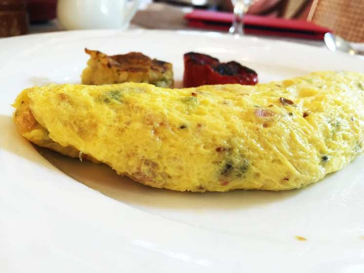 Paneer Omelette @ Le Jardin Breakfast Buffet Oberoi in Bangalore India