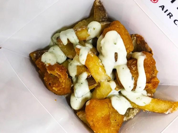 London's-Corner-Pub-Fish-&-Chips-@-Poutinerie-(4-NOMs)-1
