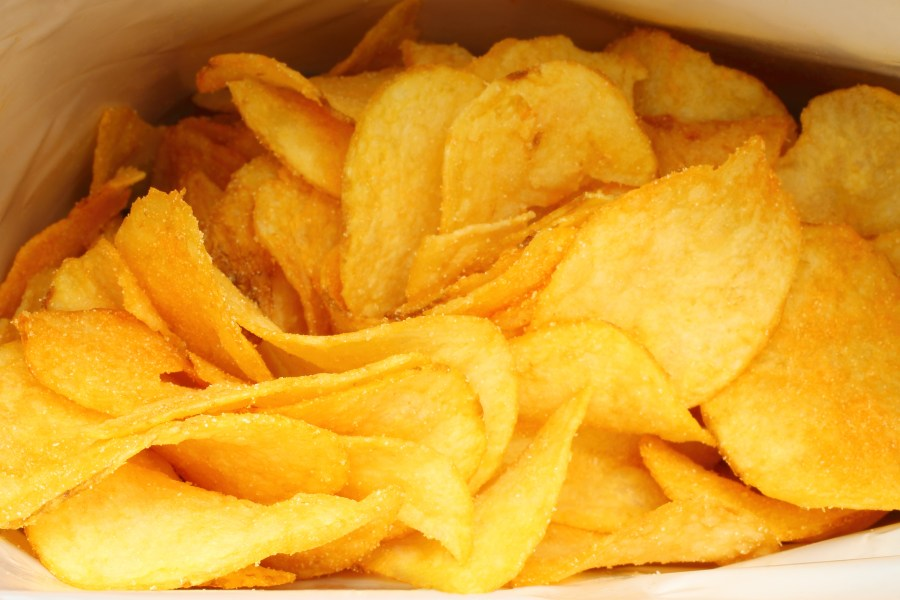 Filling the bags of potato chips with nitrogen reduces free radical reactions and in turn oxidation
