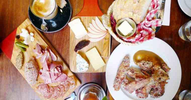 Au Comptoir Kitsilano Brunch | Vancouver Parisien Cafe
