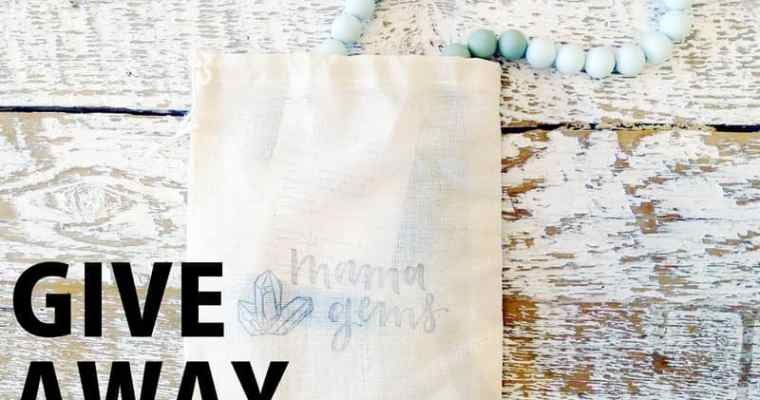 CONTEST Mama Gems   Teething Necklace Silicone Wood