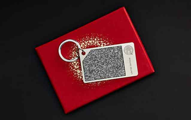 Starbucks Card Limited Edition Silver Card Swarovski crystals