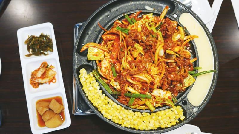 Ta Bom Korean Restaurant Coquitlam | Hot Plate and Stirfry