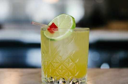 The Carbon Bar Toronto | Summer Cocktails