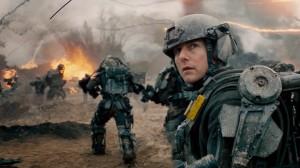 Major William Cage se vê revivendo sempre a mesma batalha (Crédito: Warner Bros./Divulgação)