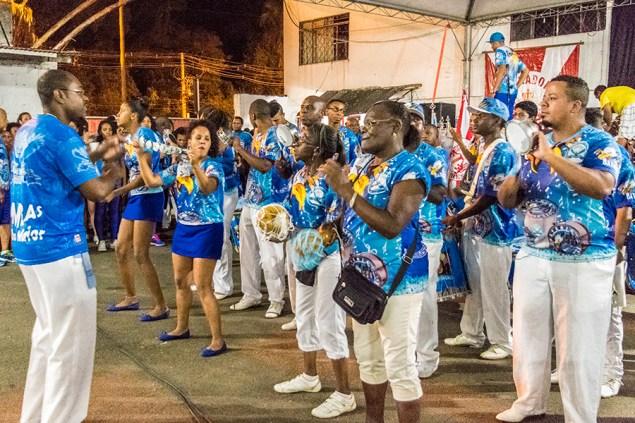 Bambas da Orgia foi uma das escolas convidadas da noite (Foto: Gisele Endres/Nonada)