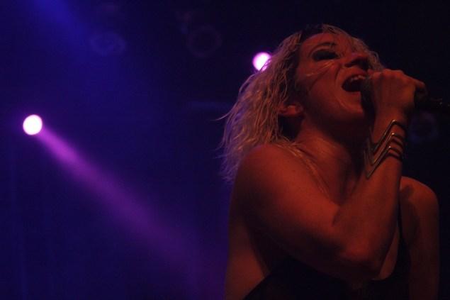 Karina concedeu entrevista ao Nonada na véspera de seu show no Unimúsica (Foto: Raphael Carrozzo/Nonada)