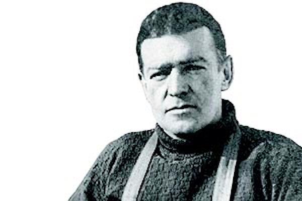 Tomba E Lapide Di Sir Ernest Shackleton, Grytviken, Georgia Del Sud  Immagine Stock - Immagine di stazione, isola: 126495865