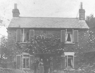 Rose Cottage in the early 1900's