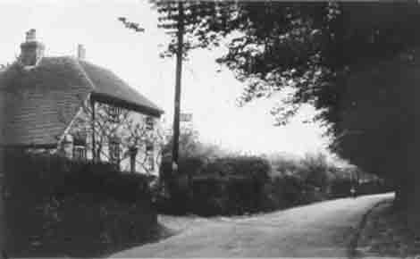 The Old Post Office, in the Drove taken in the 1930's before the PO moved to the new building in Easole Street as there is a sign on the telegraph pole.