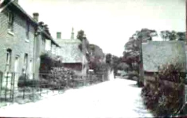 Easole Street circa 1905-6, some five years or so before the chapel was built. The building visible on the right is believed to be a cottage which occupied the site before the chapel was built.