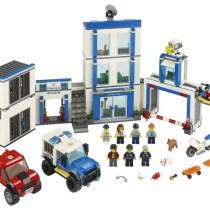 LEGO-Secție-de-poliție-new