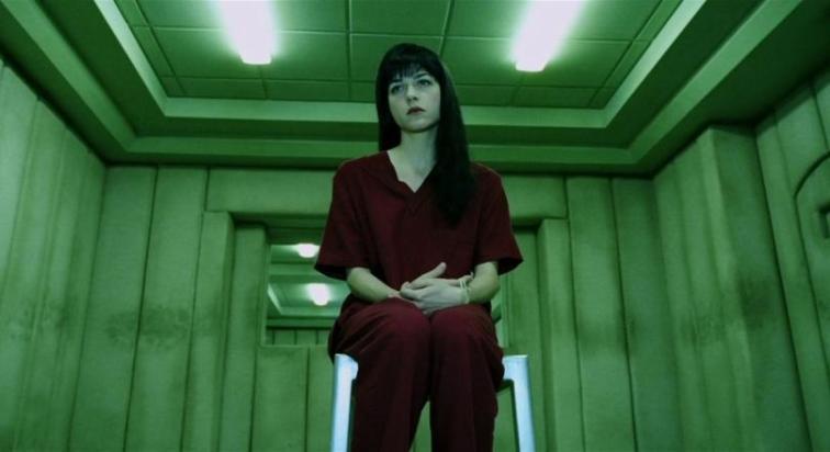 Hellboy, scheda film, recensione, Guillermo del Toro, Ron Perlman, Selma Blair, curiosità, errori