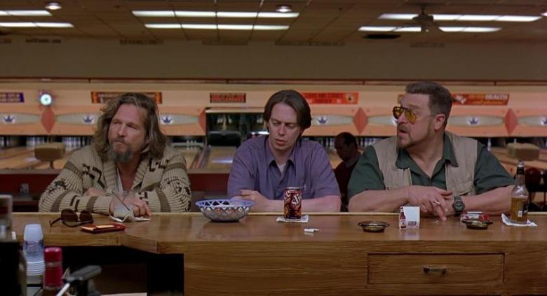 Il grande Lebowski Frasi, citazioni e dialoghi della pellicola di Joel Coen, Drugo, Donny e Walter al bancone