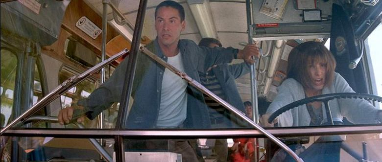 Speed di Jan de Bont recensione con Keanu Reeves, Dennis Hopper, Sandra Bullock