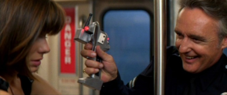 Curiosità ed errori presenti in Speed di Jan de Bont, con Keanu Reeves, Dennis Hopper, Sandra Bullock