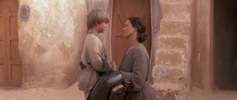 Star Wars Episodio I - La minaccia fantasma citazioni e dialoghi di George Lucas con Liam Neeson, Ewan McGregor, Natalie Portman, Jake Lloyd, Anakin e la madre